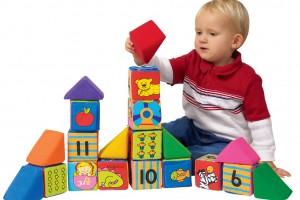 Развивающие игры и игрушки, их особенности