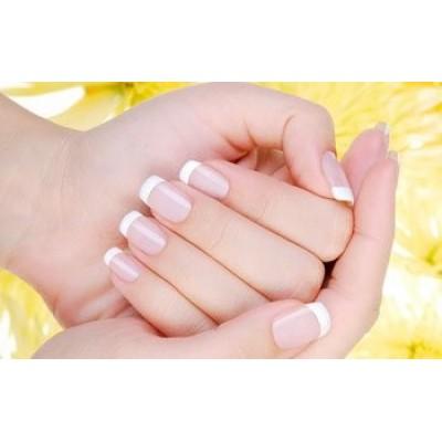 Укркпление натуральных ногтей биогелем.